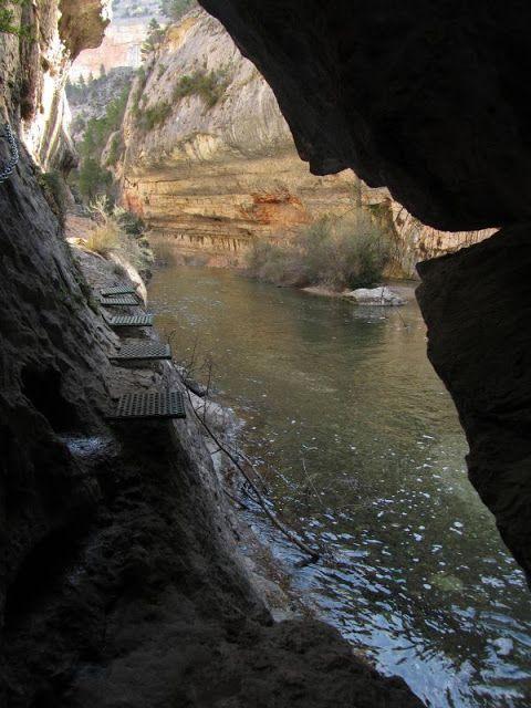 Nacimiento del Río Pitarque, turismo maestrazgo, teruel